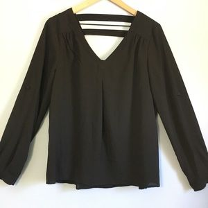 41 Hawthorn Black Loose Fit cut out Blouse M